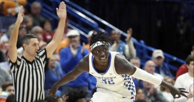Wenyen Gabriel set the SEC Tournament record by making 7 three-point shots Saturday for Kentucky. (AP Photo)