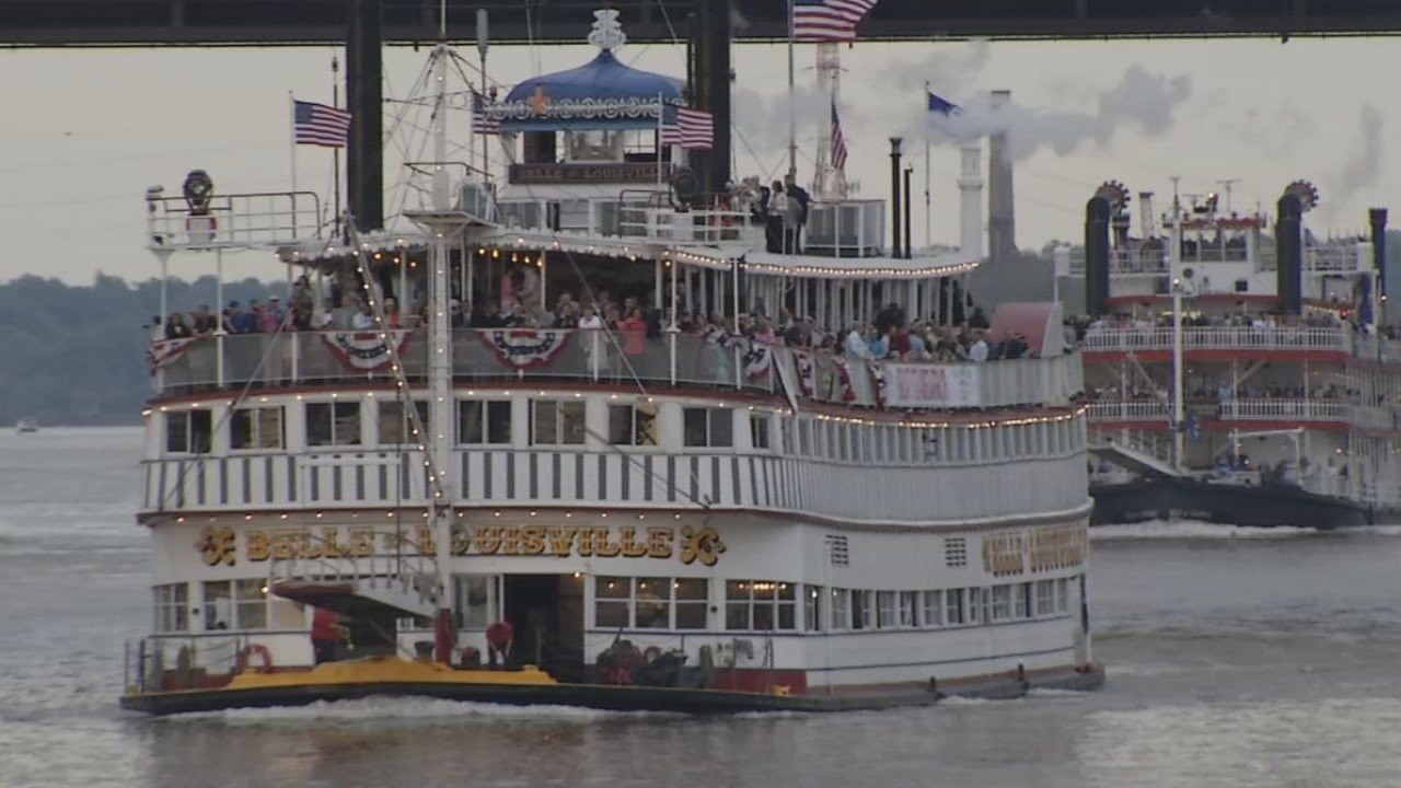The KDF Great Steamboat Race returns to a traditional three-boat race for 2018.