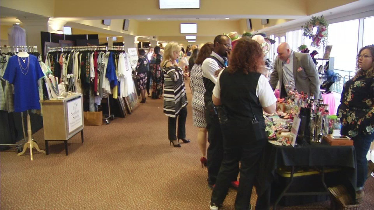 Several of the raffle and silent auction items were donated by businesses and local boutiques.