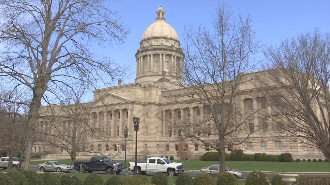 The GOP-led Kentucky House passed a pair of resolutions condemning Governor Matt Bevin's comments suggesting children were abused because of the teacher rally in Frankfort.