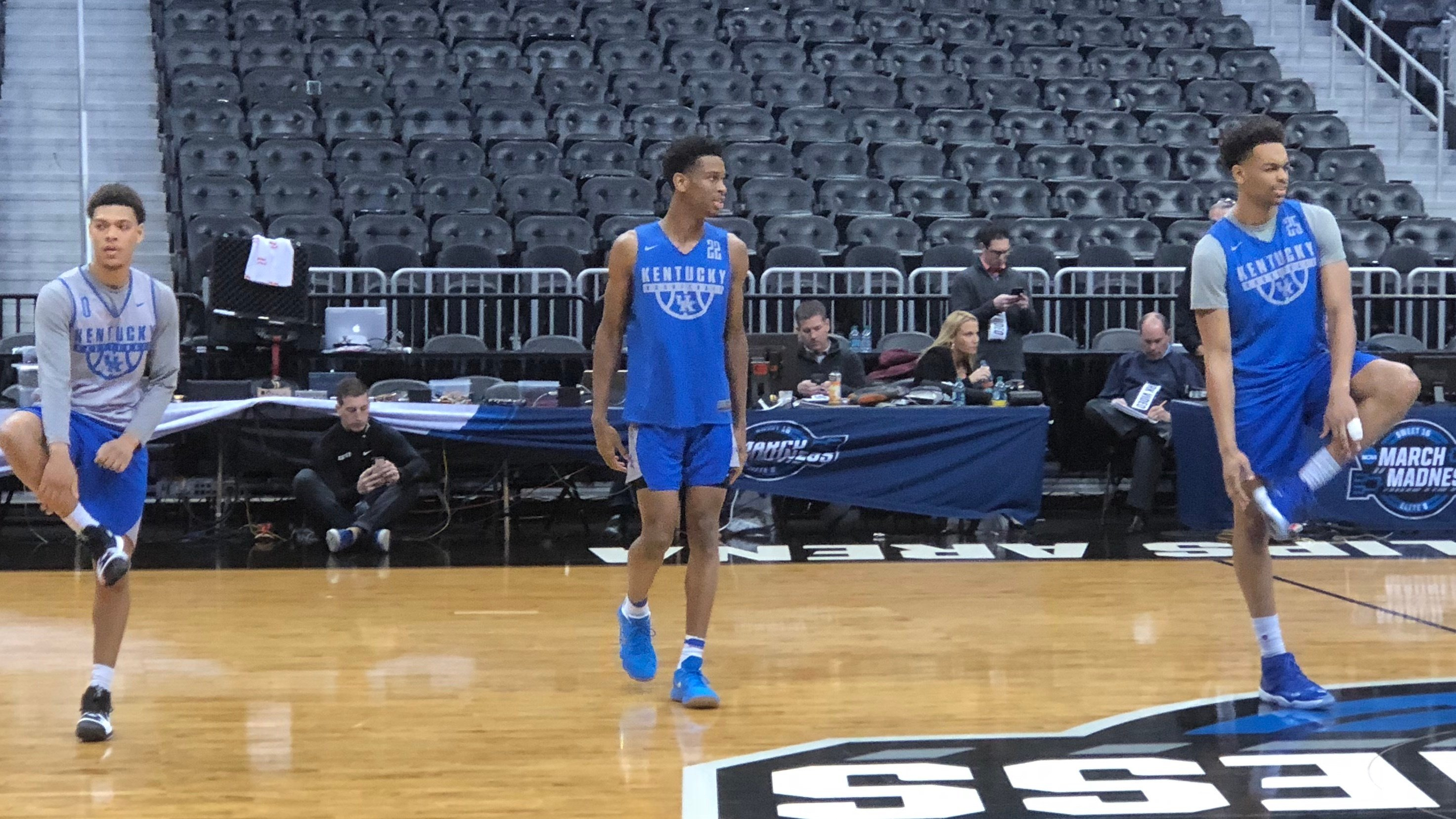 Quade Green (from left) Shai Gilgeous-Alexander and P.J. Washington led Kentucky through practice Wednesday.