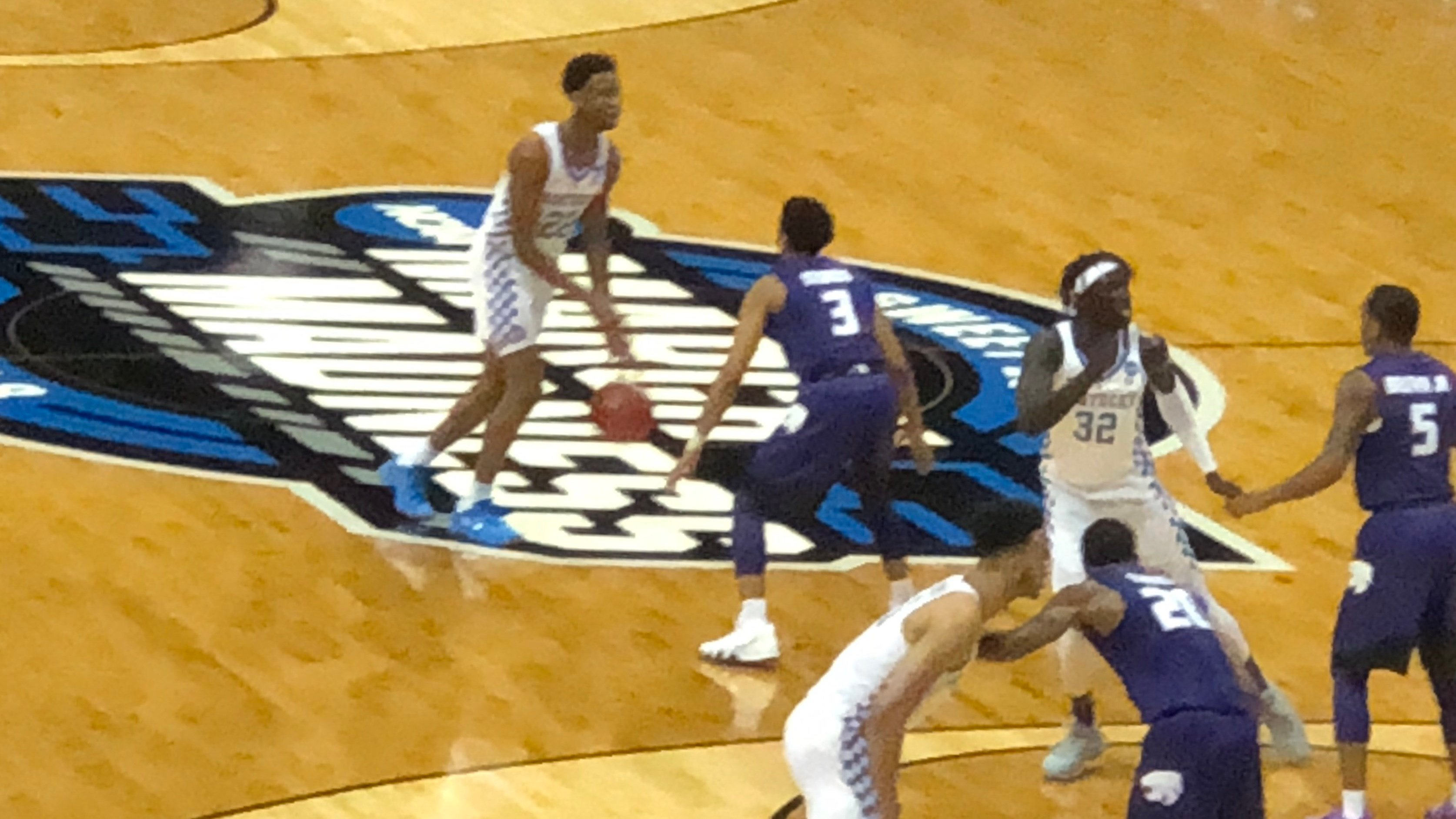 Kentucky moved within one game of a trip to the NCAA Final Four by defeating Kansas State Thursday night.