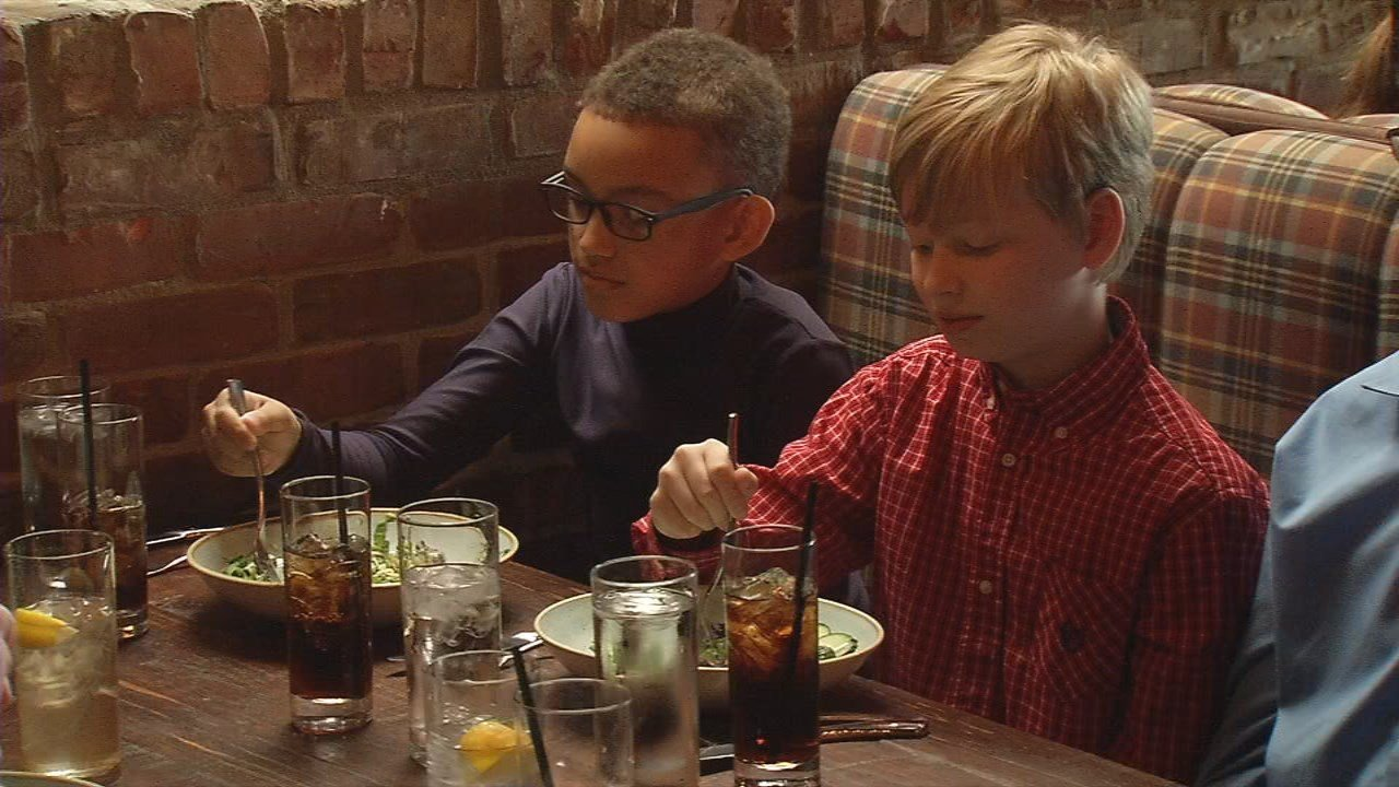 Tully Elementary 4th graders learn about fine dining at a lunch at Le Moo.