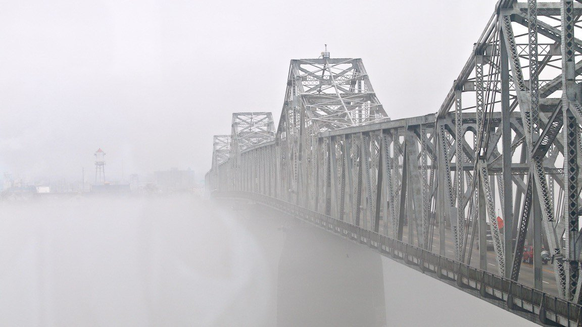 The Second Street bridge before Mack's news conference began. (WDRB photo by Eric Crawford)