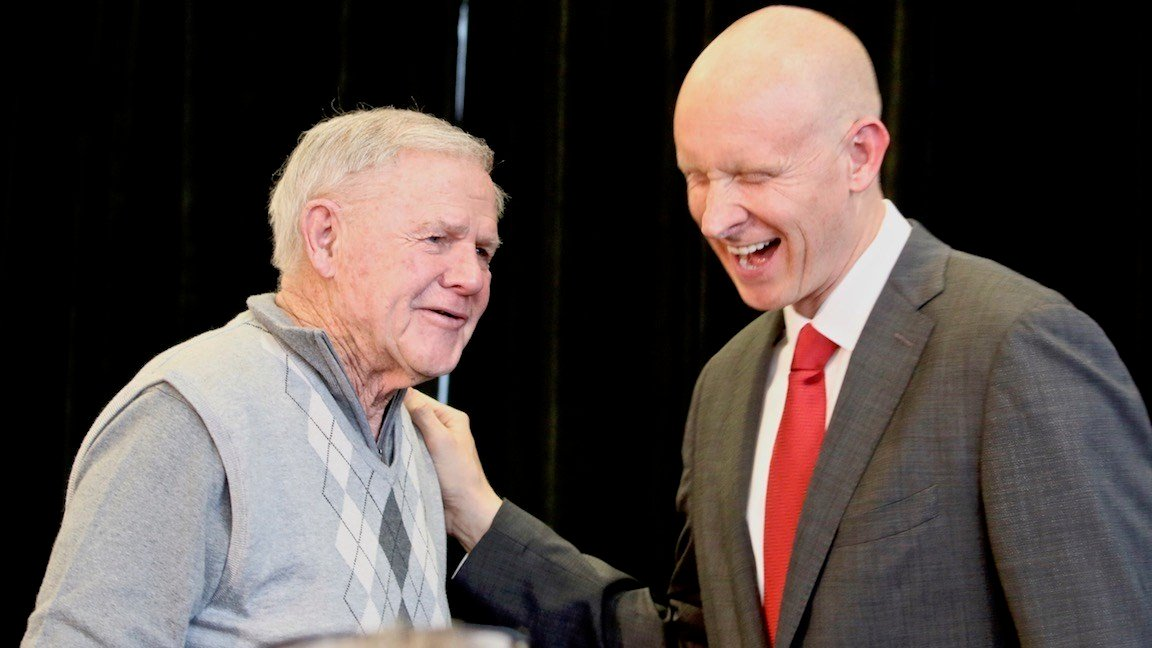 Denny Crum with Chris Mack. (WDRB photo by Eric Crawford)