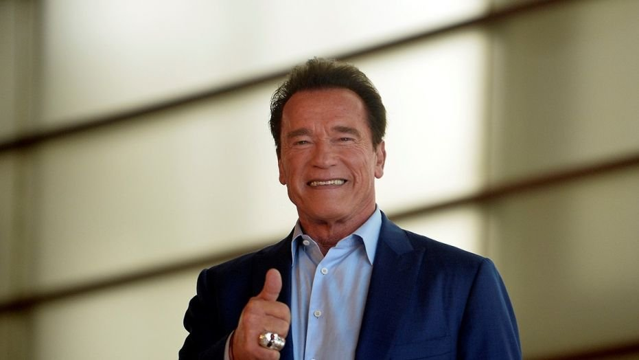 Arnold Schwarzenegger reportedly undergoes emergency heart surgery.