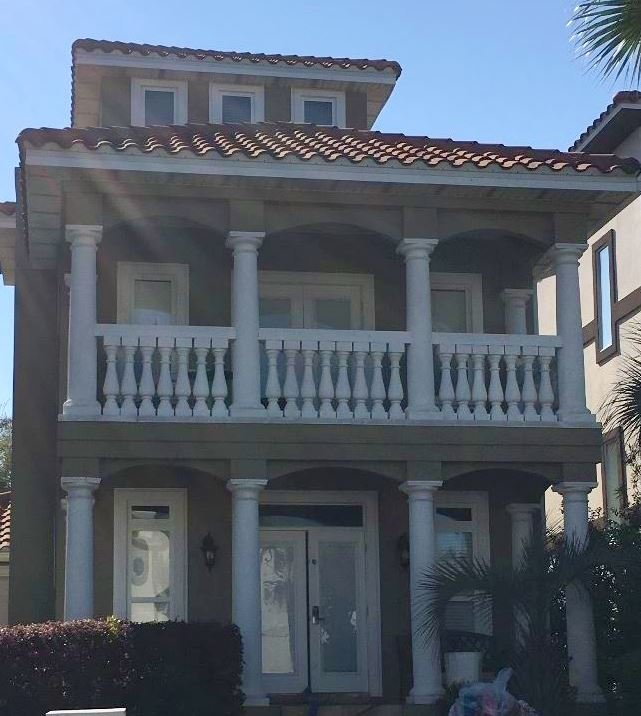 Police say arrested a teacher from Louisville, Ky. at this home in Destin, Florida after he allegedly hosted a party with pot and liquor attended by underage teens.