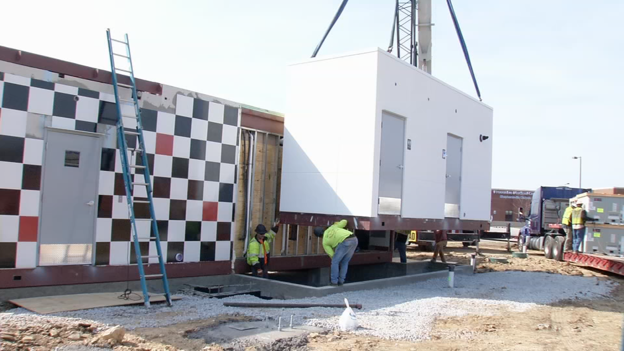The new Rally's in Shepherdsville, Ky. is being built in just days with a new modular design.