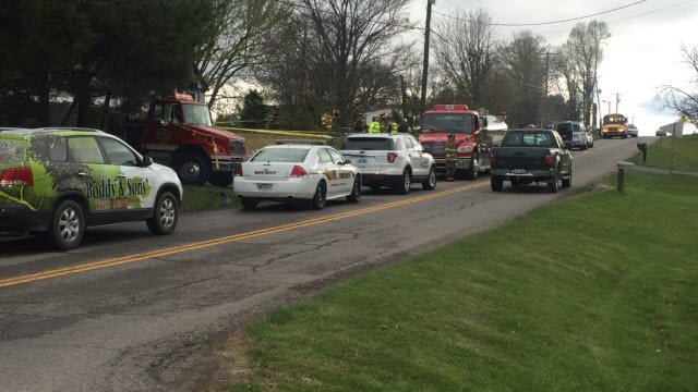 Crews at the scene of a fire blocked one lane of KY 220 in Hardin County.