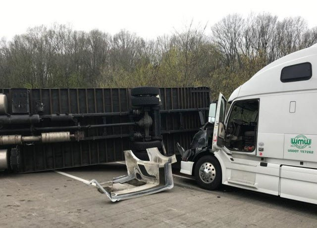I-71S was expected to be shut down for several hours after a fatal crash involving two commercial vehicles on April 25, 2017.