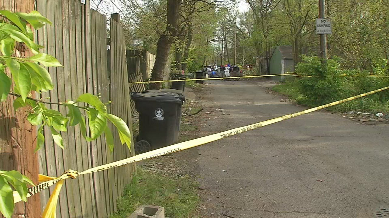 The body of a man was found Thursday night in an alley off 39th Street.