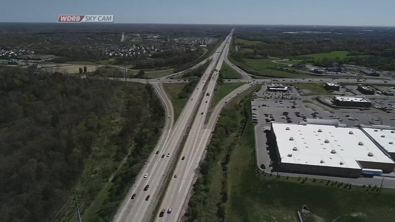 The plan calls for I-265 to be widened from Taylorsville Road to the I-71 interchange. The 11-mile stretch would go from four lanes to a total of six lanes.