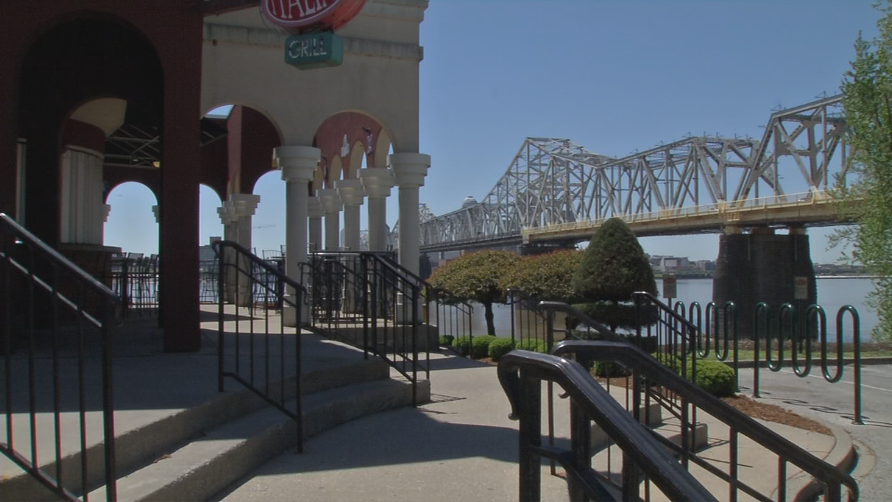 Rocky's Sub Pub was a popular spot for waterfront events in Jeffersonville.