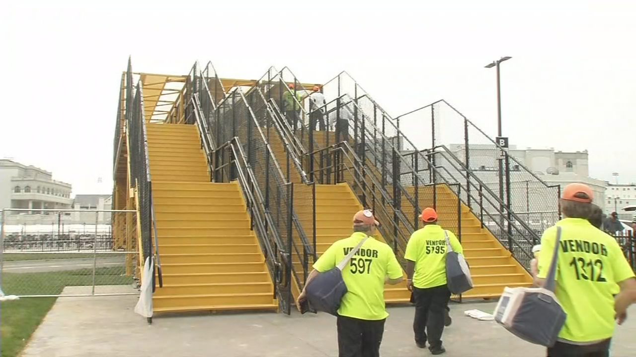 A new pedestrian bridge allows people to cross over the express lane for buses and shuttles.