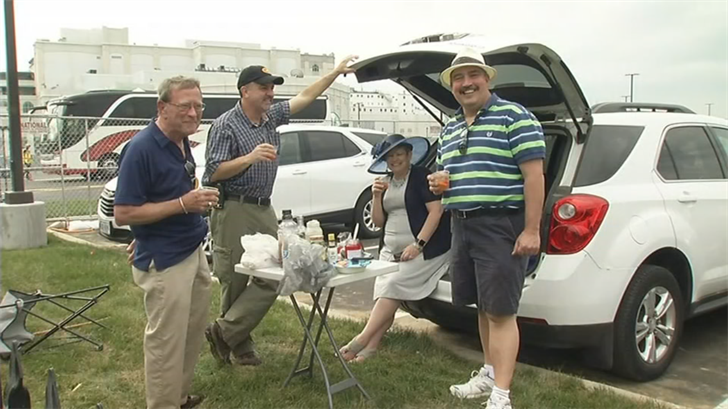 "Nice weather for ""Thurby"" brought out some tailgaters before the races."