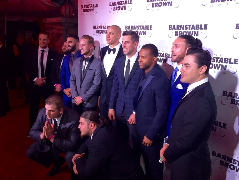 Aaron Rodgers, Randall Cobb, Jimmy Graham and several other members of the Green Bay Packers