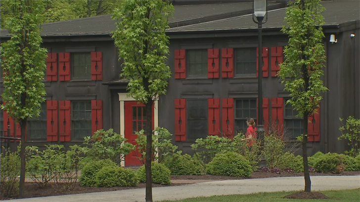 Maker's Mark plans a $500 million expansion with ten new warehouses.