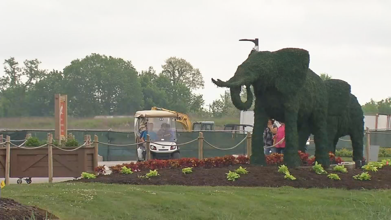 Visitors are still coming to the Ark Encounter Park during construction.
