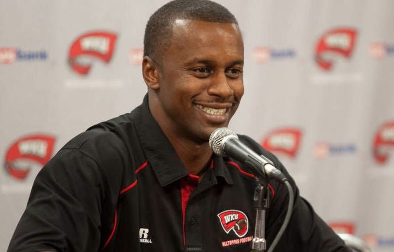 PreSnapRead, a college football blog, ranks Willie Taggart's WKU team ahead of Kentucky.