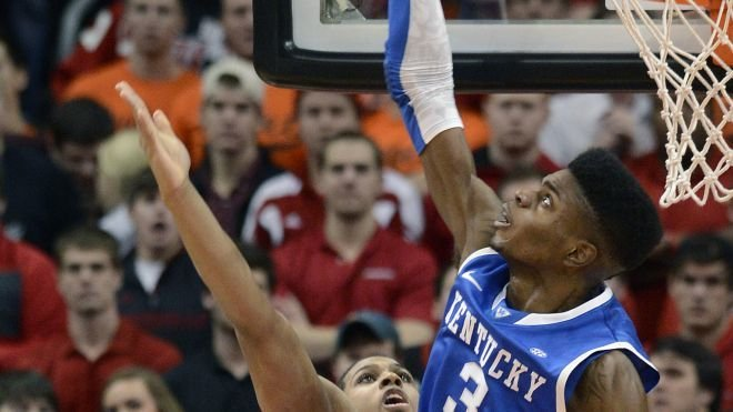 Kentucky's towering frontcourt helped the Wildcats rally in an 80-77 loss to Louisville.