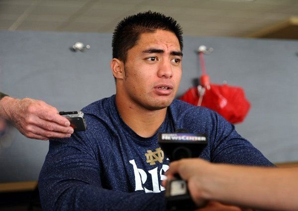 According to Deadspin, Notre Dame linebacker Manti Te'o had a relationship with dead girlfriend who did not exist.