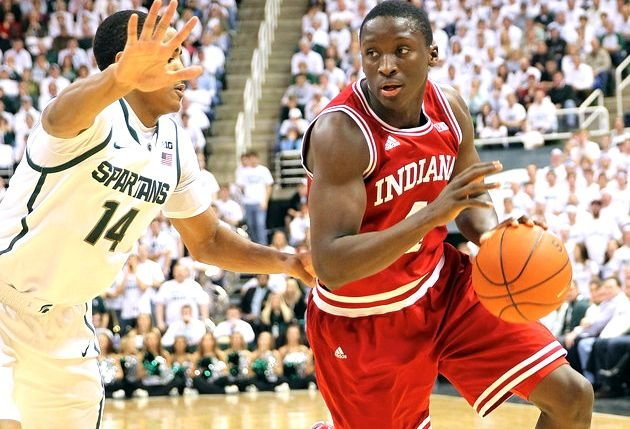 Victor Oladipo scored six points in the final 45 seconds as Indiana defeated Michigan State, 72-68, Tuesday night.