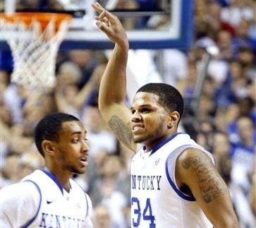Julius Mays made two free throws to ice Kentucky's 61-57 victory over Florida Saturday.