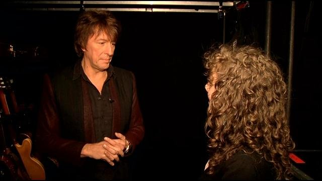 Richie Sambora talks with WDRB reporter Emily Mieure backstage at the Bon Jovi concert in Louisville