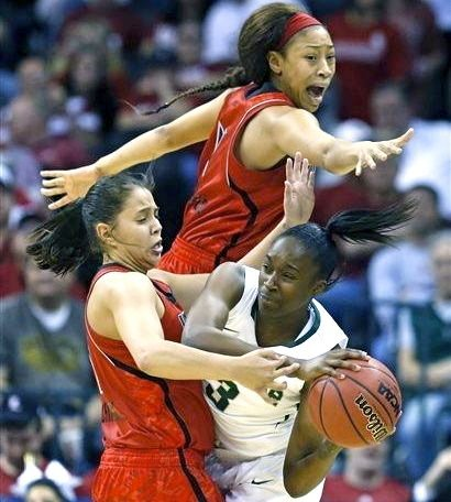 Shoni Schimmel (left) and Antonita Slaughter led U of L to an upset win over top-ranked Baylor in the NCAA Tournament Sunday night.