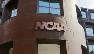CRAWFORD BLOG | NCAA says no to U of L men attending women's championship
