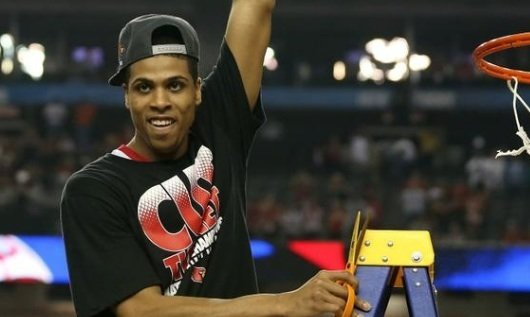 Louisville's Wayne Blackshear celebrates after the Cardinals defeated Michigan for the NCAA title.