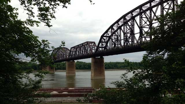 If the K&I bridge was built in 1912 and connects Portland to New Albany. If it were converted for use by bicyclists and pedestrians, it would complete a small loop around southern Indiana that would also connect with the newly opened Big Four Bridge.