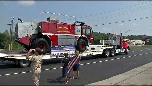 People along Dixie Hwy. had an opportunity to take photos of the restored fire truck.