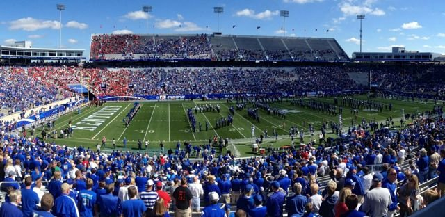Louisville improved to 3-0 while defeating Kentucky for the third consecutive time Saturday at Commonwealth Stadium.