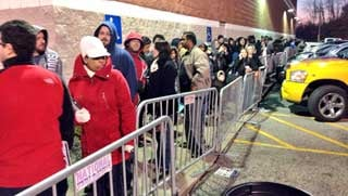 Shoppers line up at Best Buy in St. Matthews