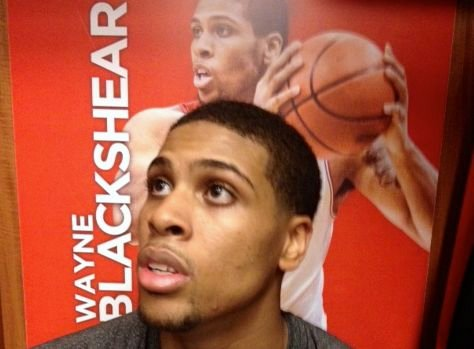 Wayne Blackshear scored a career high 23 points as Louisville rolled Houston, 91-52 Thursday night.