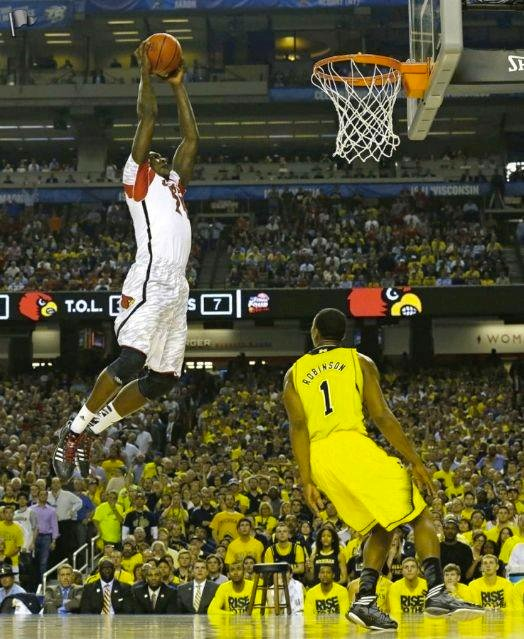 Montrezl Harrell dunks in the title game