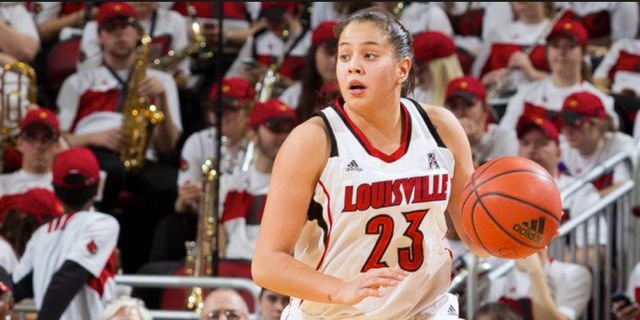 Shoni Schimmel went 33 minutes between baskets as UConn defeated Louisville Monday night.