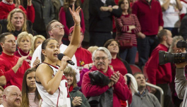© GoCards.com photo from University of Louisville sports, by Michelle Hutchins.