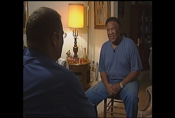 Jimmy Ellis talks with WDRB's Chris Turner in 2005 after President George W. Bush awarded Muhammad Ali with the Presidential Medal of Freedom.