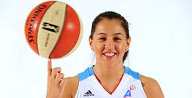 Shoni Schimmel set a WNBA rookie record with 21 assists in her first two games.