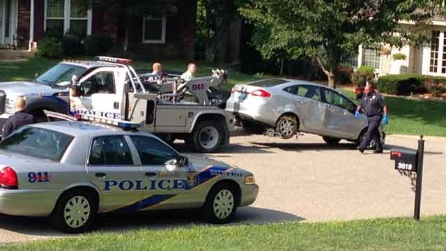 LMPD officers towed a car believed to have been driven by the suspect who robbed a Circle K early on July29.