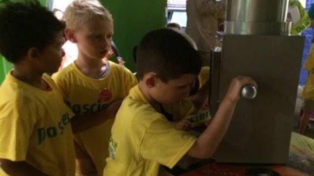 JCPS elementary students participate in a camp at the Louisville Science Center during the summer.