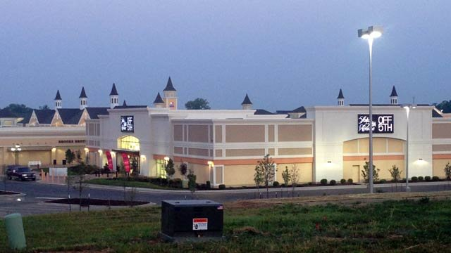 More stores are coming to the Outlet Shoppes of the Bluegrass. The announcement comes less than a year after Kentucky's only outlet mall opened.