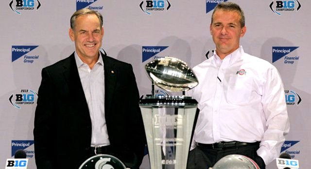 Mark Dantonio of Michigan State (left) and Urban Meyer of Ohio State have tried to coach their one-loss teams into playoff consideration.