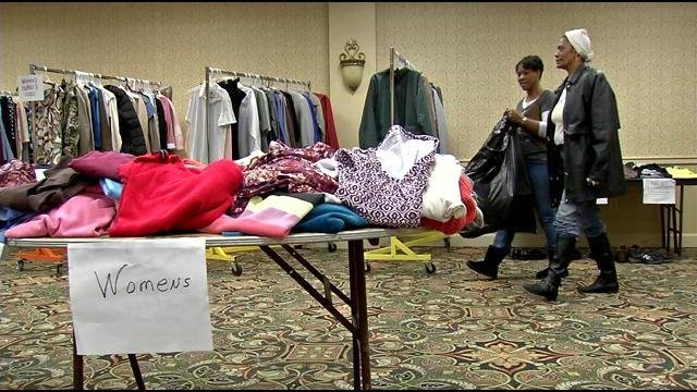 Hotel Louisville will be open for shopping at 9 a.m. on Christmas Eve, you must bring a photo ID and proof of children.