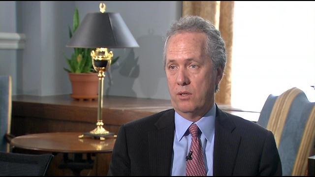 Mayor Fischer speaks with WDRB about looking forward to 2015.