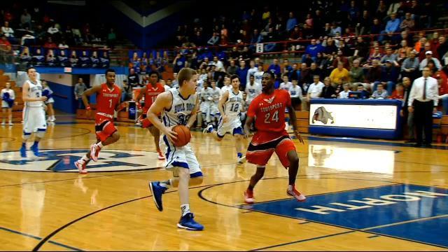 Josh Speidel playing basketball.