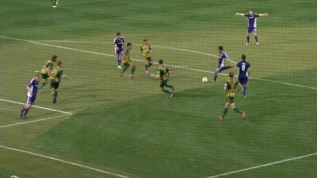 Juan Guzman puts Louisville City up 1-0 against with a shot from the top of the box on an assist from Matt Fondy against Rochester on April 16, 2015.