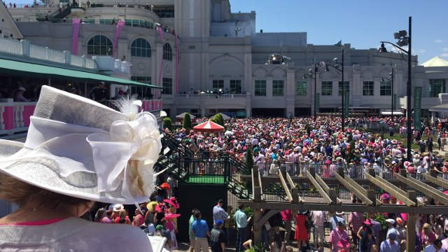 Crowds fill the Paddock at Churchill Downs ahead of the Kentucky Oaks on May 2, 2015.